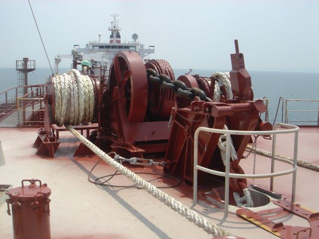Anchor_windlass